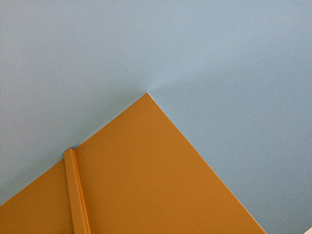 angle_bleu_jaune_or